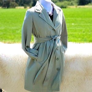 Liz Lange Maternity Trench Coat sz M light green
